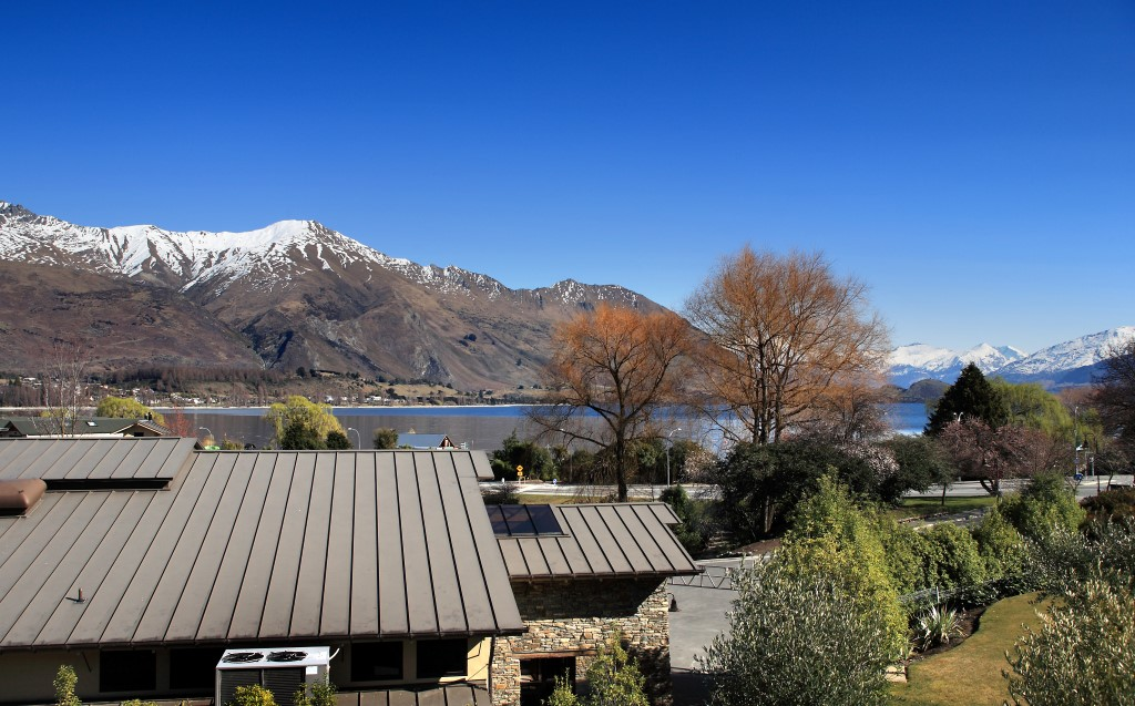 Wanaka Hotel Lake Facing Room View in Winter